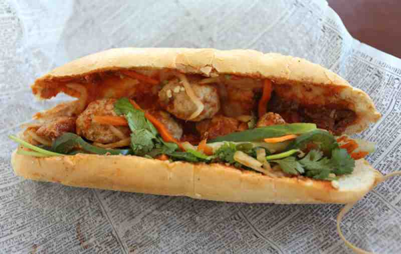 ... mi banh mi hot dogs banh mi with lemongrass tofu pork meatball banh mi