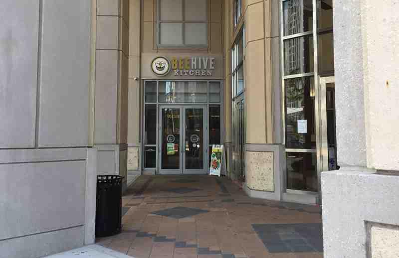 Review Of Beehive Kitchen 33301 Restaurant 200 E Las Olas Blvd