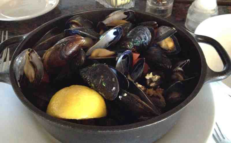 Blue Moon Fish Co Mussels