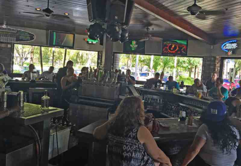 Review Of Brus Room Sports Grill 33071 Restaurant 1000 N Unive