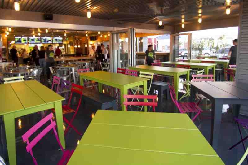 Wood Elevation Burger : Review of burgerfi restaurant n ocean drive