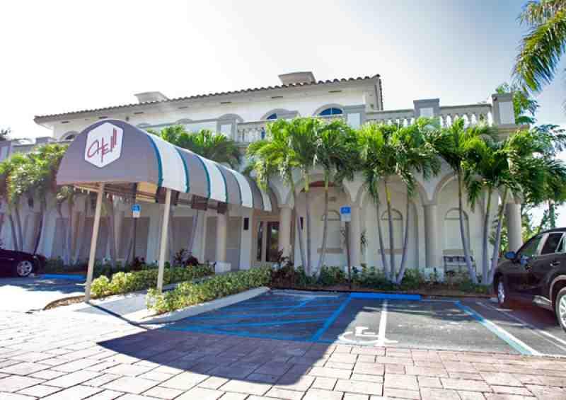 Che Restaurant 33483 900 E Atlantic Ave