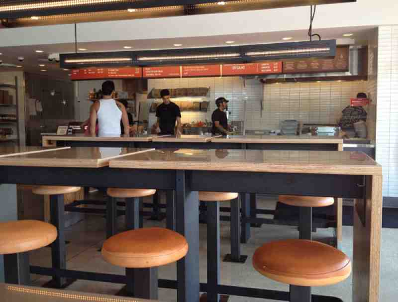 Chipotle Boca on Federal Interior