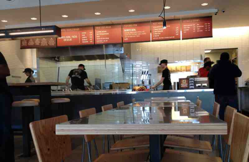 chipotle_se17th_inside.jpg