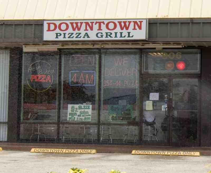 Downtown Pizza 33334 Restaurant 906 Ne 62nd St