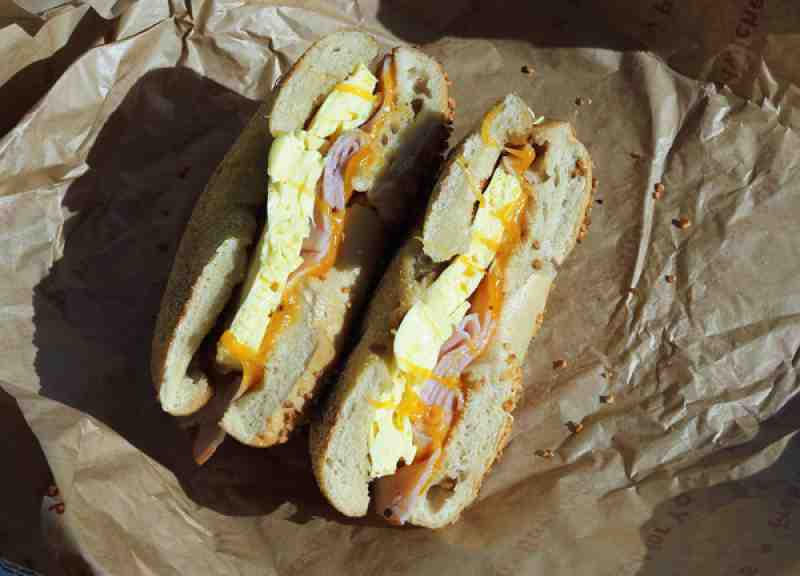 Einsteins Ham and Cheddar egg Bagel