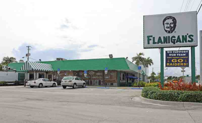 Review of flanigan 39 s seafood bar grill 33312 restaurant 2600 for Fish restaurant fort lauderdale
