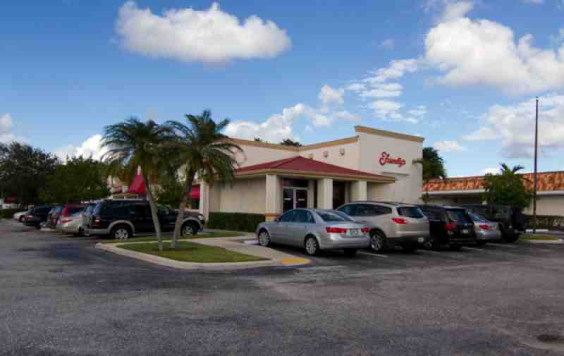 friendlys delray