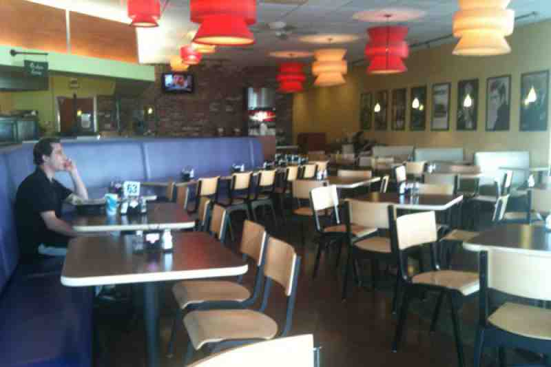 Review Of Gilbert 39 S 17th Street Grill 33316 Restaurant 1821 Co