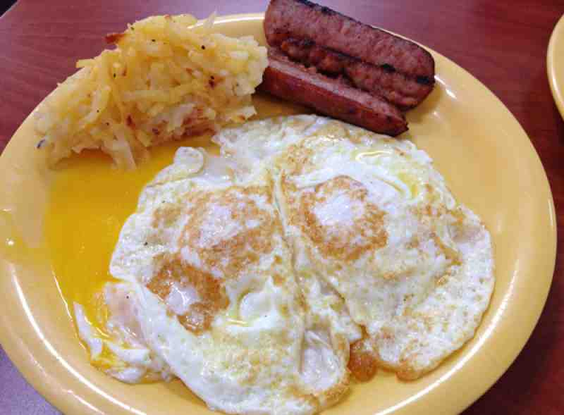 Golden Corral Eggs, Smoked Sausage and Hash Brown Casserole