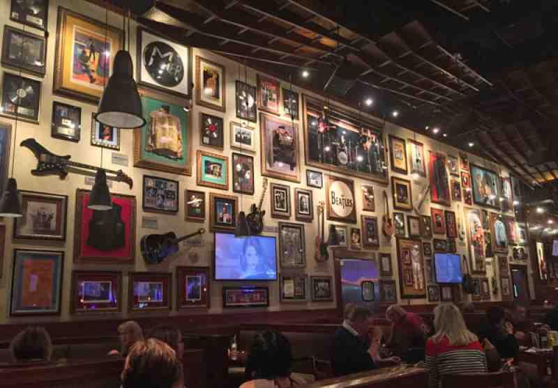 Review Of Hard Rock Cafe 33314 Restaurant 1 Seminole Way