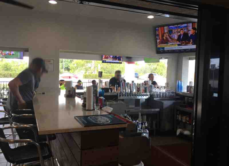 Review Of Kers Winghouse 33328 Restaurant 4599 S University Dr
