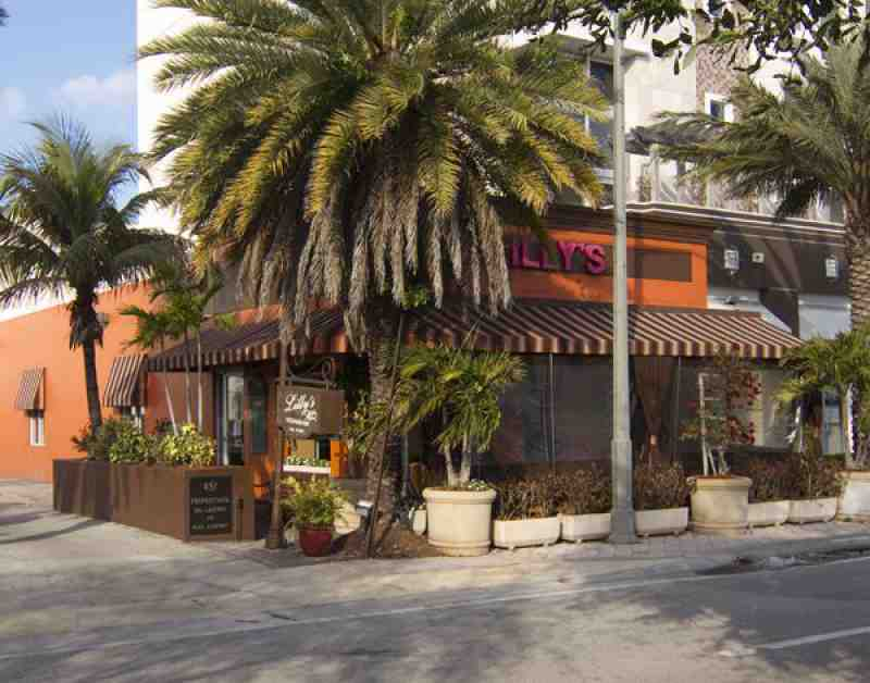 Lilly 39 s 33432 restaurant 451 e palmetto park rd for 13 american table boca raton menu
