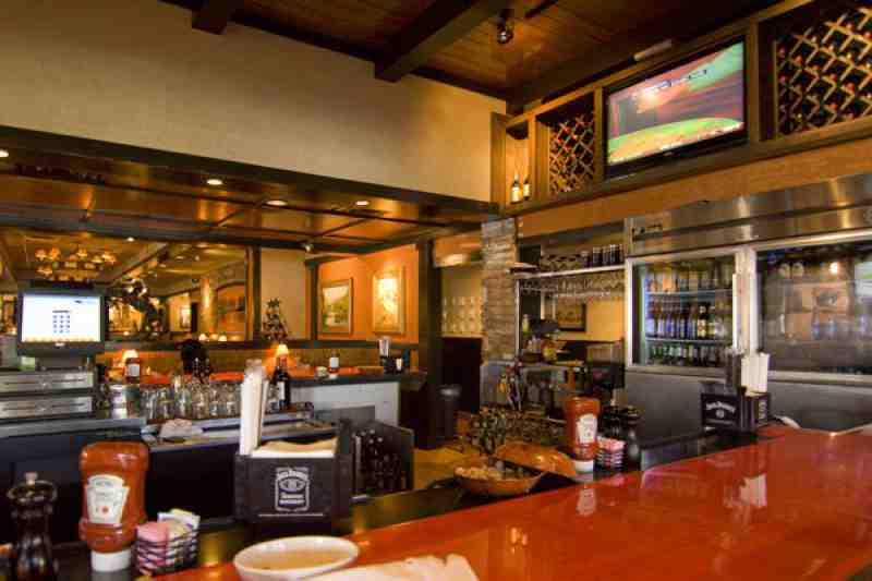 Longhorn Steakhouse Fort Lauderdale Bar Area