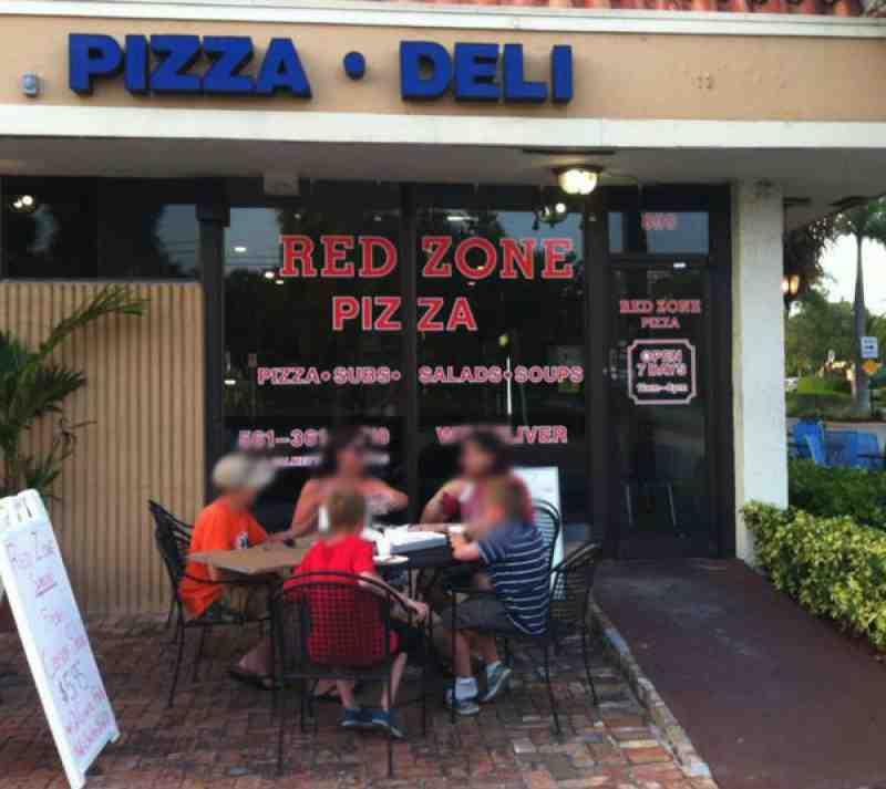 Red Zone Pizza 33432 Restaurant 899 E Palmetto Park Rd