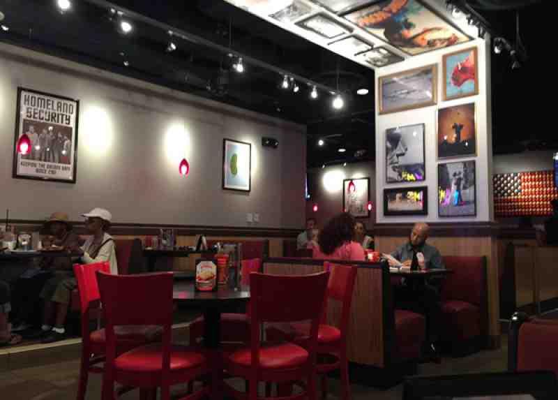 Review of red robin restaurant w broward blvd