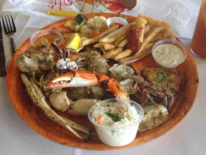 Rustic Inn Crabhouse Lunch Combo
