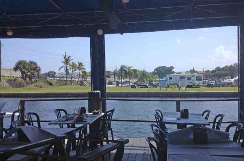 Fort Lauderdale Rustic Inn Crabhouse | Lobster House