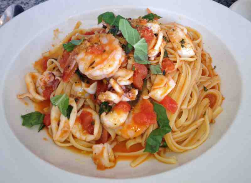 Sea Shrimp and Calamari Linguine