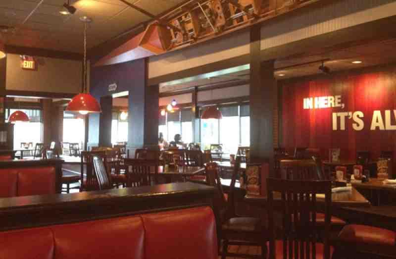 Review Of Tgi Friday S 33020 Restaurant 2940 Oakwood Blvd